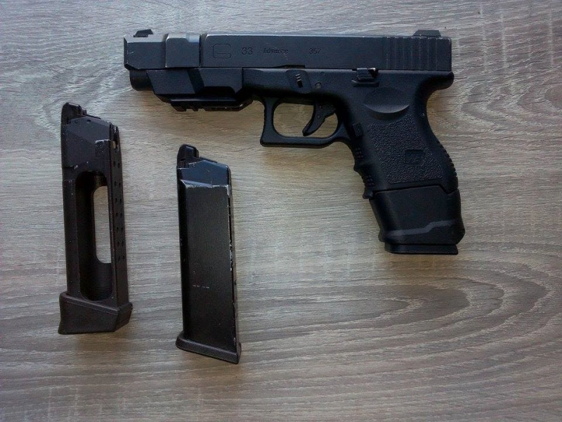 SR52 G&G top tech, MP5 H&K A4, Glock 33 we 68754610979326102046607358933381318830395n