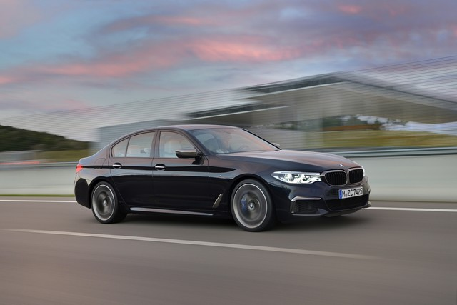 BMW Group au salon de Detroit NAIAS 2017 690659P90244786highResthenewbmwm550ixd