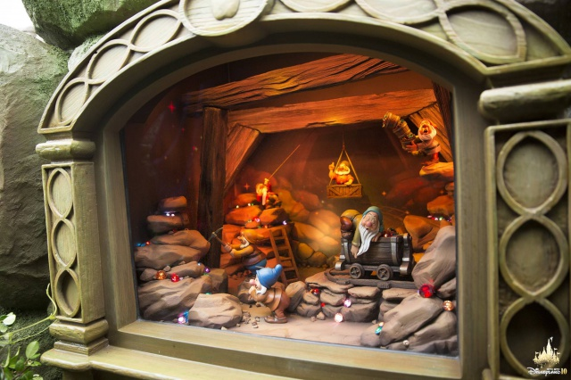 forest - [Hong Kong Disneyland] Fairy Tale Forest (2015) - Page 2 692283w32