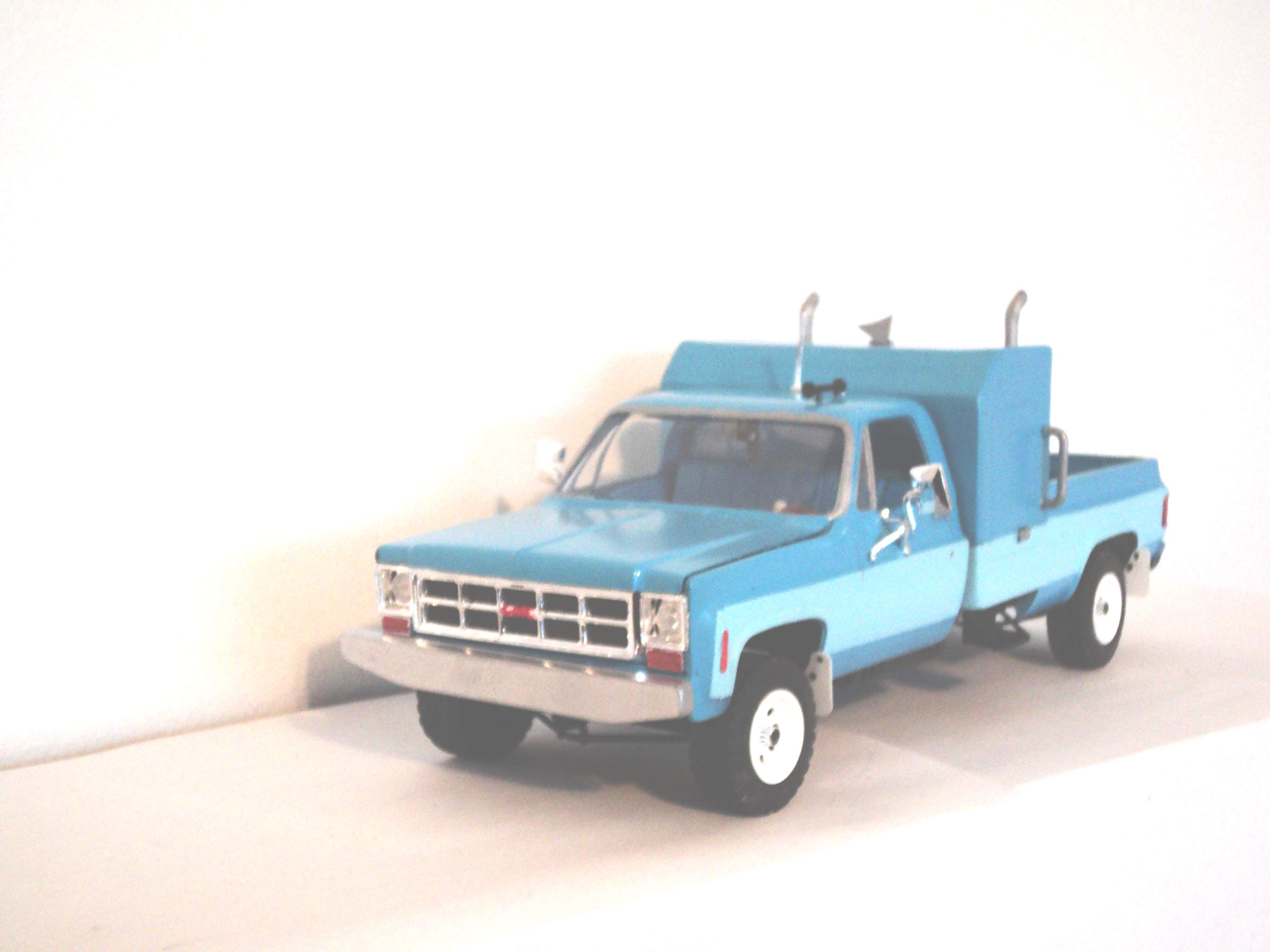 "1977 GMC pickup ""zoo taxi"" 695934GB1977GMCpickup29"