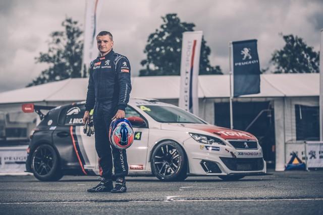 Julien Briché 1er Lauréat De La 308 Racing Cup ! 69757959b566ee697e3zoom
