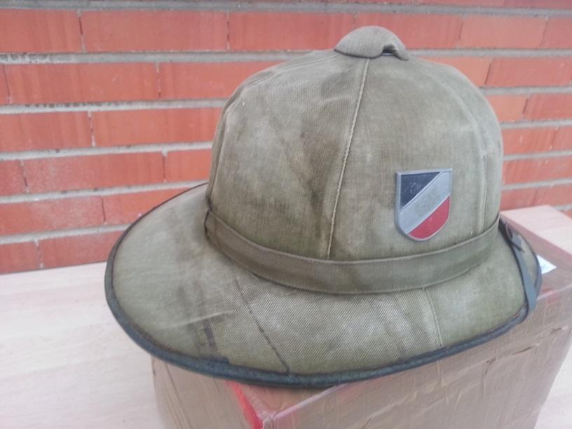 Montrez vos casques tropicaux - Page 3 70022820131121093439