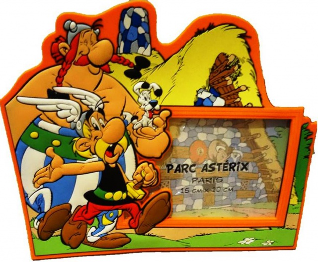 Mes dernières acquisitions Astérix - Page 5 701977cadremagnetiqueasterix