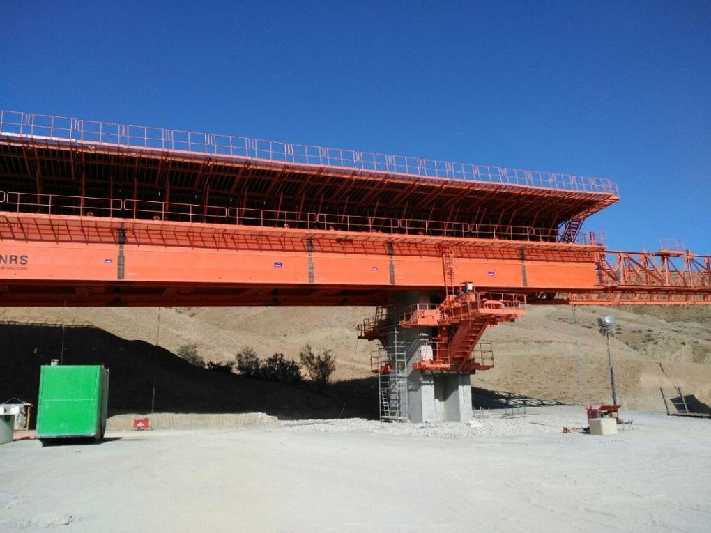 مشاريع المنشأت القاعدية بالجزائر 704166640
