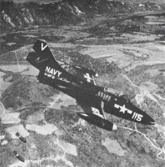 GRUMMAN F9F PANTHER  707336F9F_2_VF_111_NAN9_52