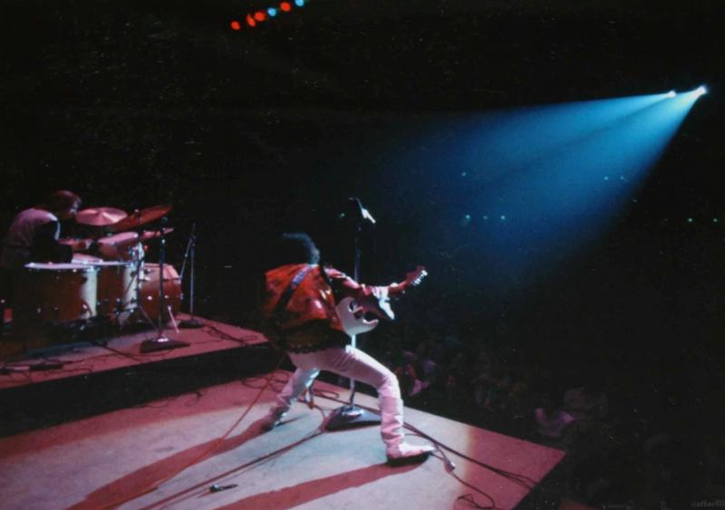 Bakersfield (Civic Auditorium) : 26 octobre 1968  711590RR11p