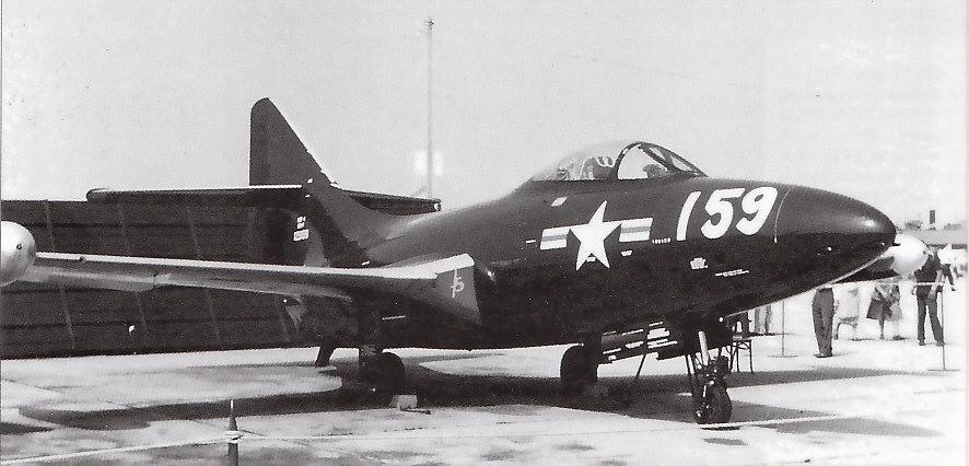 GRUMMAN F9F PANTHER  714475F9F_4