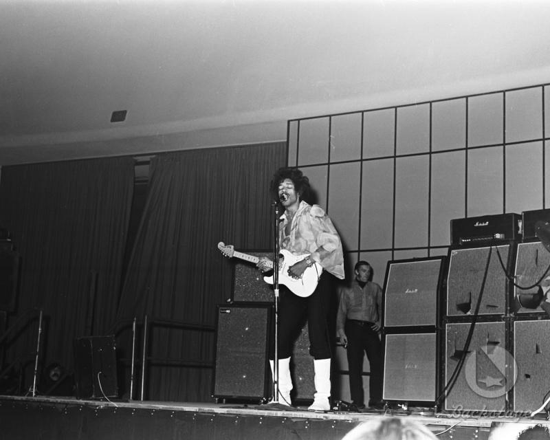 Detroit (Cobo Hall Arena) : 30 novembre 1968  71476319681130Detroit6