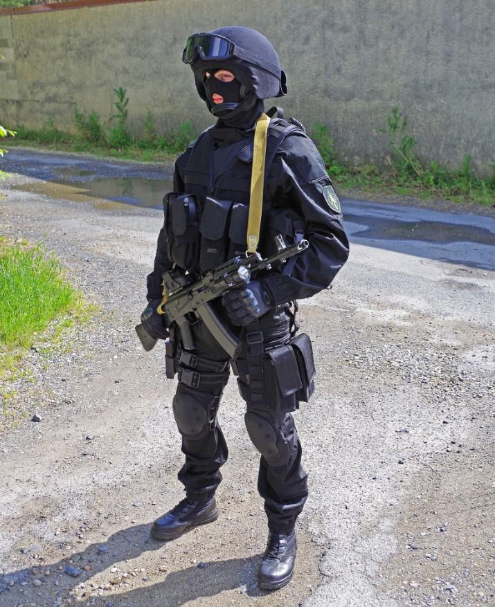 Black Unit FSB 71617920130609195238
