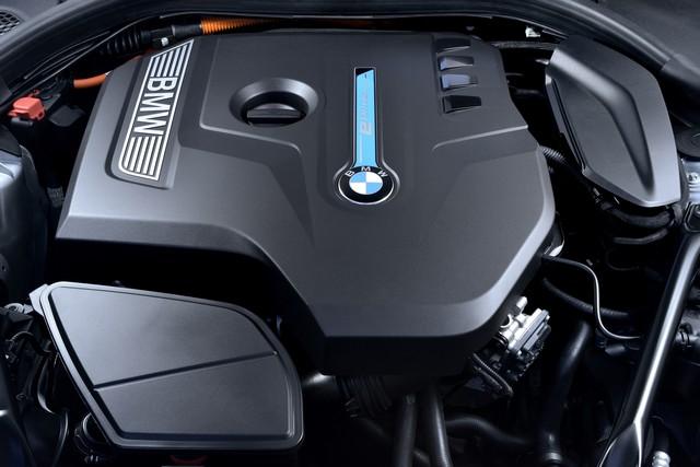 BMW Group au salon de Detroit NAIAS 2017 717864P90244231highResbmw530eiperformanc
