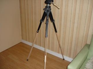 Un trépied pour un appareil photo 719097Trpiedappareilphoto1