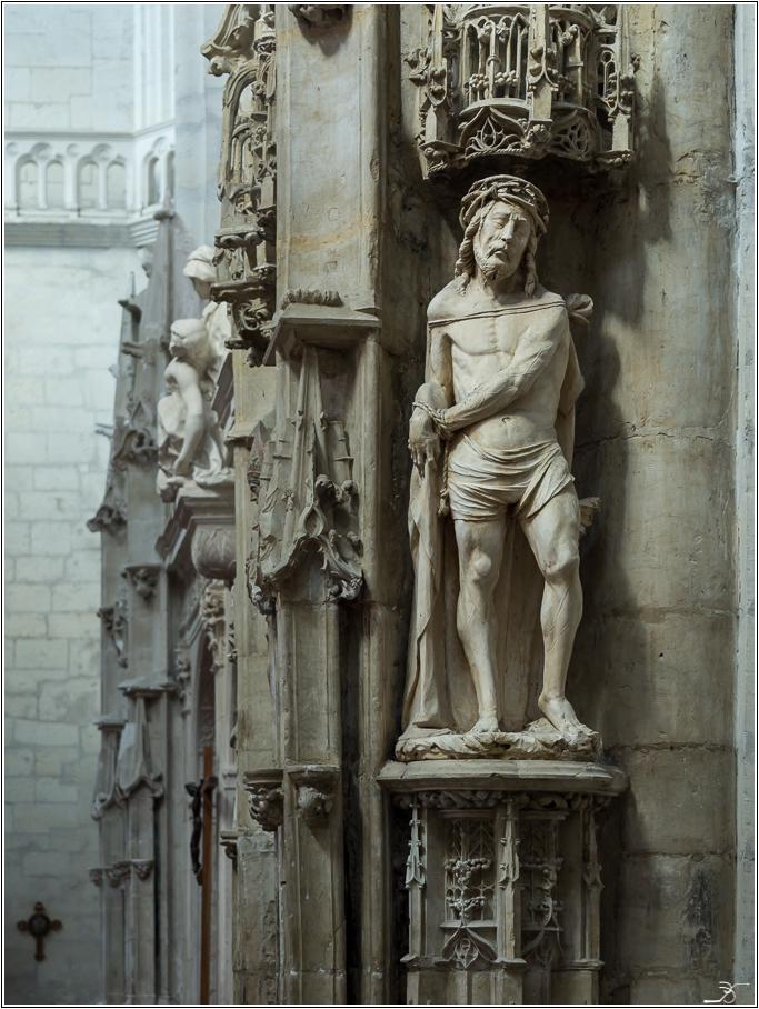St Florentin: l'église 721963LR6P1240058