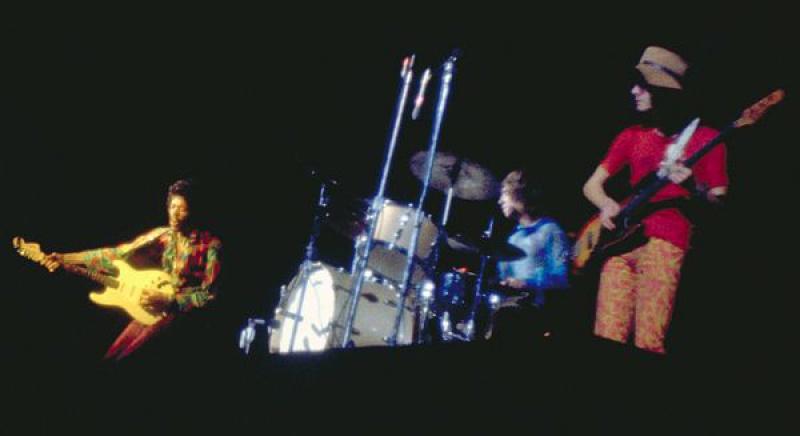 Oakland (Oakland Coliseum) : 13 septembre 1968  72346019680913Oakland02