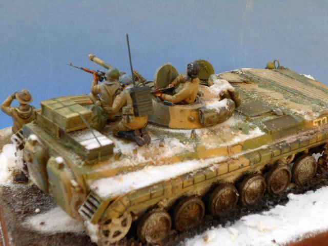 BMP-1 ESCI 1/35e 724016BMP1114