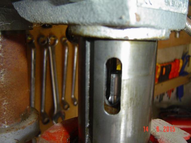 renovation d'une perceuse a colonne 724317DSC03770