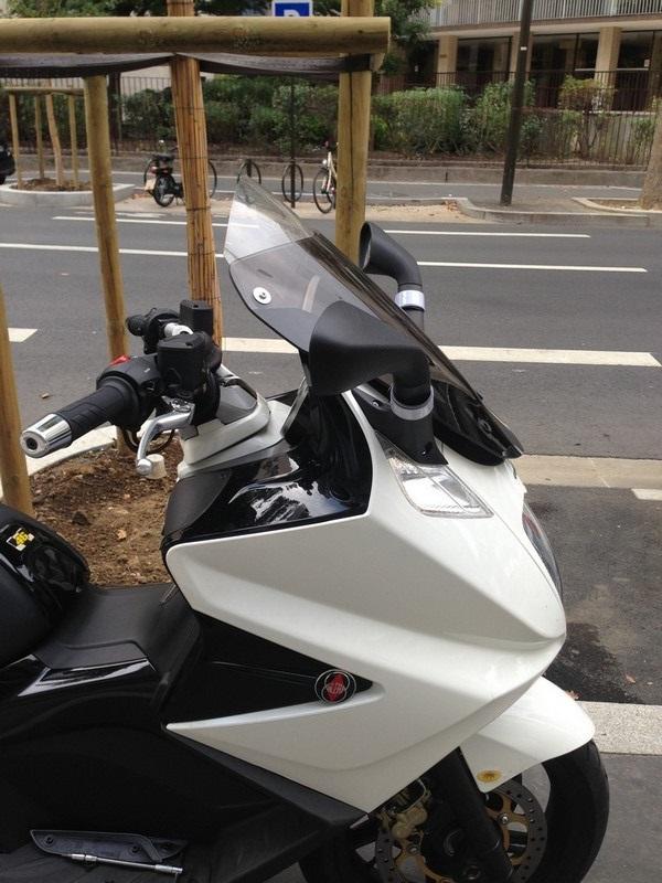 TTfab Retour d'experience en GP800 ( 15mois - 12.500kms ) Vendu ... - Page 6 724427IMG2452