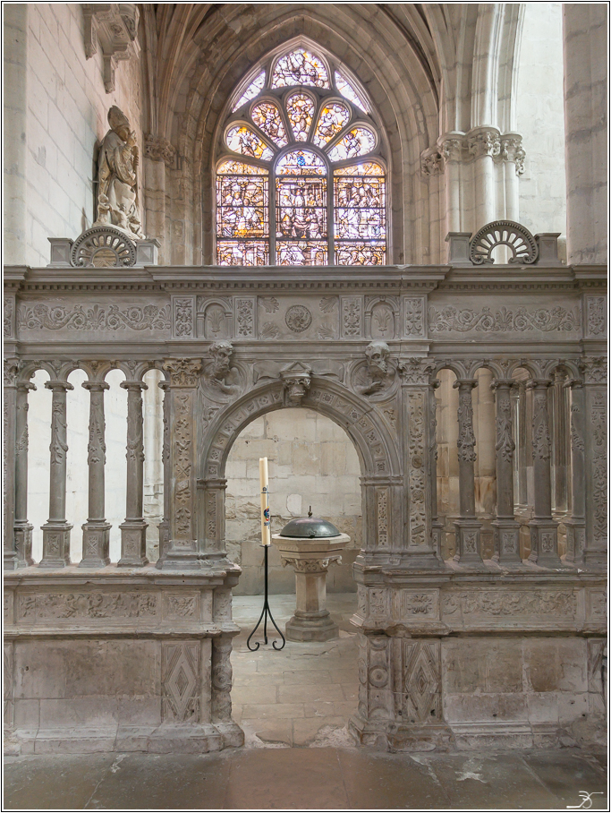 St Florentin: l'église 724519LR6DSC05141