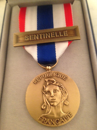 Médaille de la protection militaire du territoire. 728453sentinelle