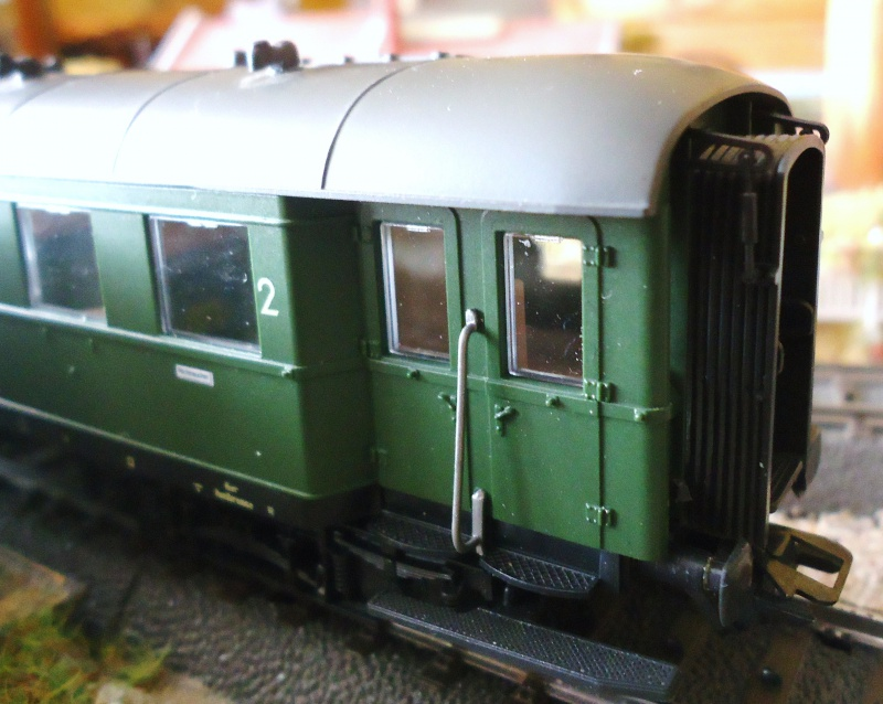 Roco ho: voitures de la DB pour train express 728924DSC03570