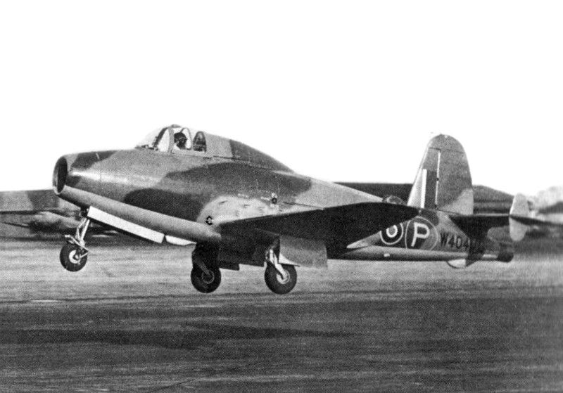 GRUMMAN F9F PANTHER  729043Gloster_E28_39