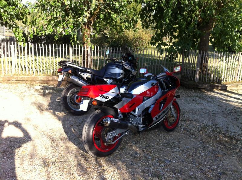 Un H2 rouge de plus 729983photos