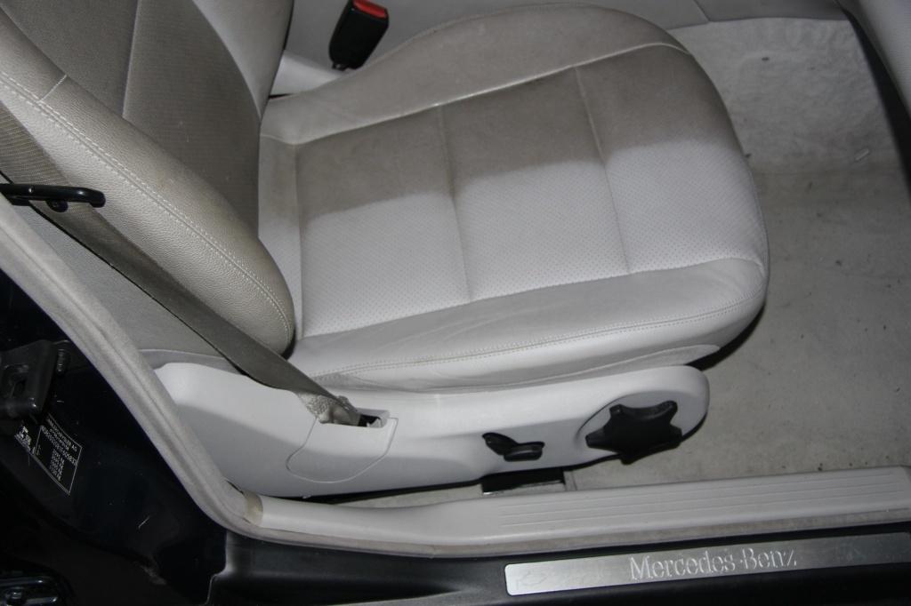 Pulizia Interni in Pelle - Mercedes C220 LETAMAIO 730370IMG1425