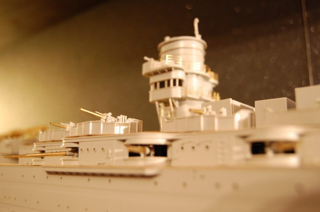 USS Arizona 1/200 par EricAlain 730481Arizona34Copier