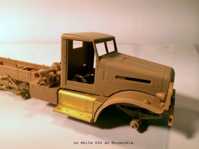 us white 666 cargo truck au 1/35 en Normandie hobby boss 732396white005