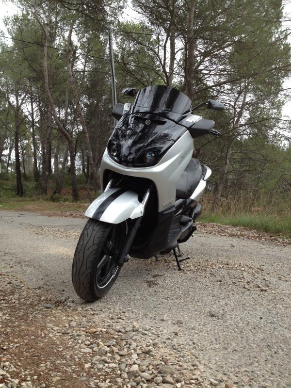 Bon juste comme ça... Y a du motard dans le coin?! - Page 2 734529IMG2400