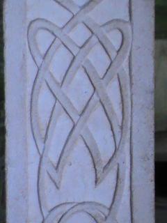 Etrange pilier 740078Bretagne2011009