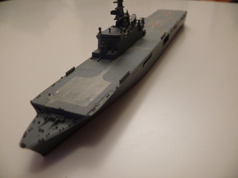 JMSDF LST Osumi 1/700 (Tamyia) 742035P1070985