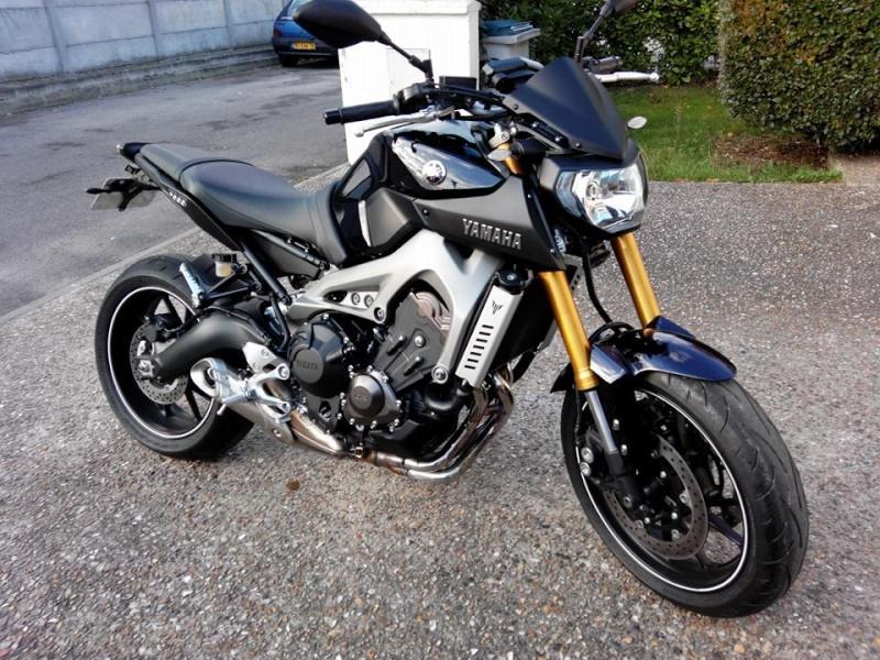 Photos de toutes les Yamaha MT-09 du forum ! :) 745873YPat7810