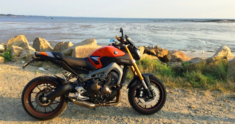 Photos de toutes les Yamaha MT-09 du forum ! :) 746978YBobybzh