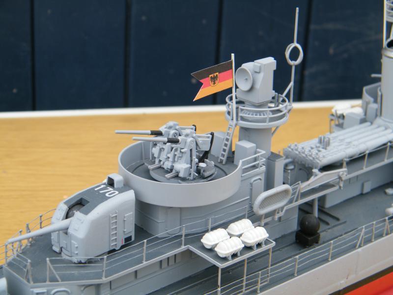 Destroyer Fletcher-Class au 1/144 74897620110723bartjeanjvido0211