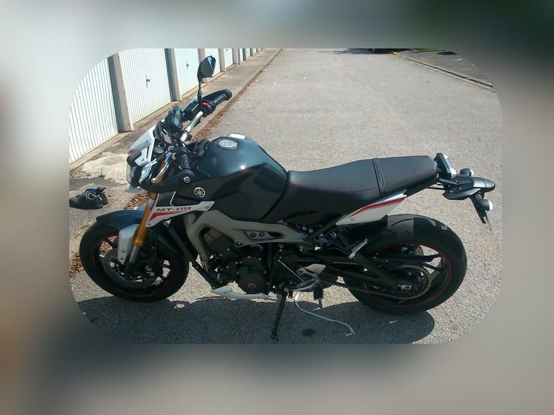MT-09 SR de Pouass' 750201IMG201408051246051