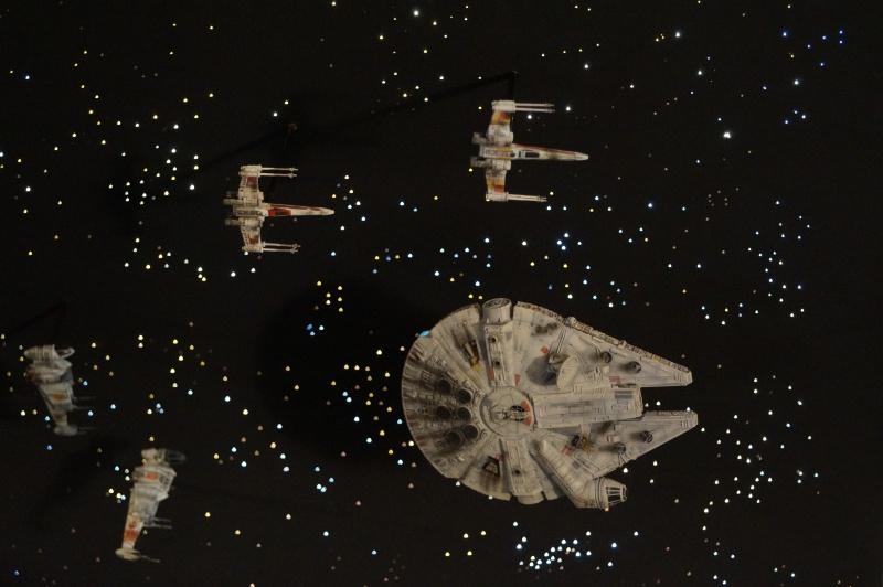 STAR WARS : Diorama Flotte rebelle - Page 4 751179DSC00799