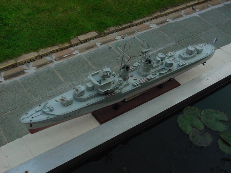 Escorteur d'escadre Surcouf  par grominau au 1/100ème - New maquettes 7541074MVC_005F
