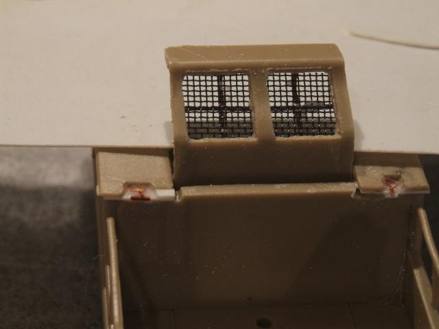 SdKfz 2 Kleines Kettenkraftrad [TAMIYA] [montage terminé] avec remorque transport de bombes [scratch] [terminé] 755626DSCF6866