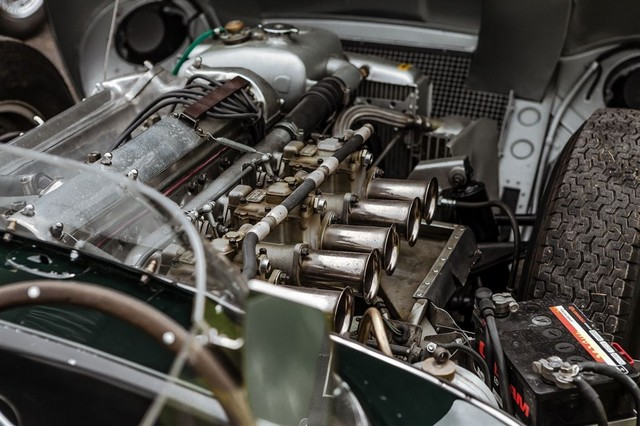 Les Jaguar XF, F-Pace et F-Type célèbrent les 60 ans de la victoire de la Type D aux 12 Heures de Reims Lors De La 22ème Edition De Sport Et Collection 756568IMG4759LowRes