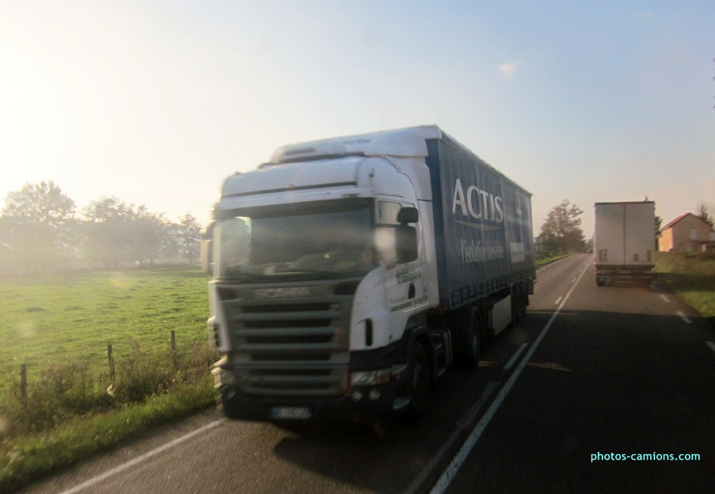 Inter Transports (Chateauroux) (36) - Page 2 757777photoscamions26X201243Copier