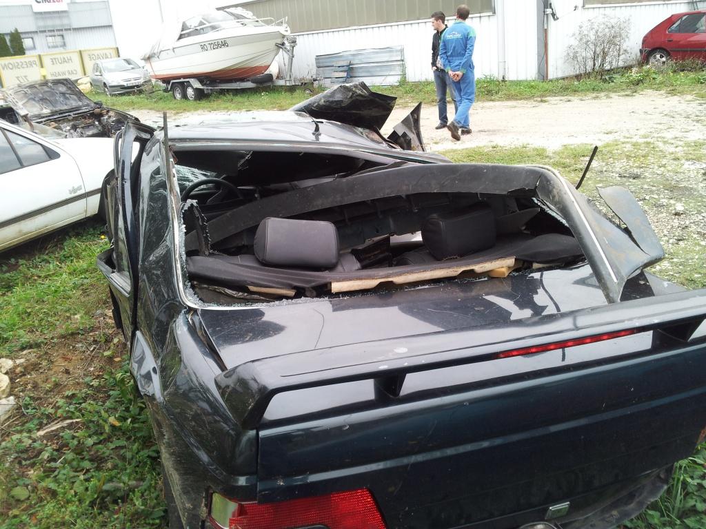 Accident grave avec Peugeot 405 STDT 76337420111012155043