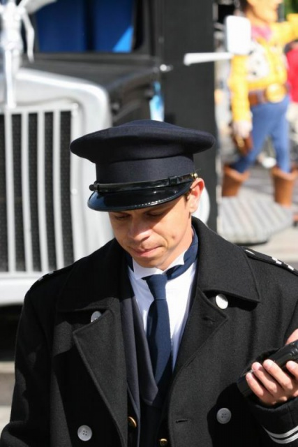 Les costumes des Cast members 763866ACC3