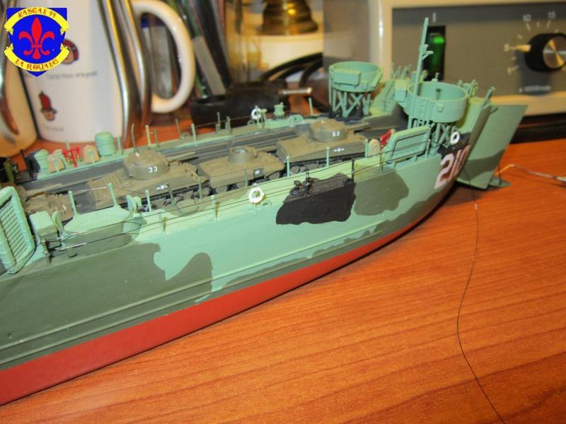 U.S. Navy Landing Ship Médium (Early) au 1/144 de Revell par Pascal 94 - Page 14 767548IMG43851