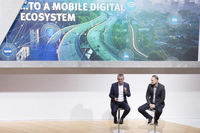 SEAT, première marque automobile en Europe à intégrer Amazon Alexa dans ses véhicules 768473SetRatioSize900650SEATAlexaPressTalk7