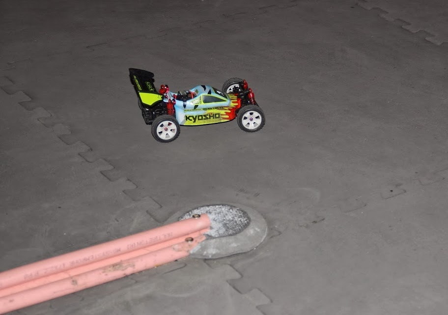 Challenge mini z buggy RC94 2013/2014 - Page 2 771655DSC0431