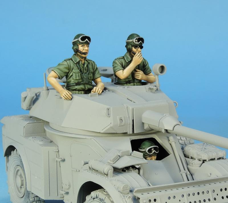 Nouveautés KMT (Kits Maquettes Tank). - Page 4 772628KMTRefKMT35052KAML90crew1970903bustes02