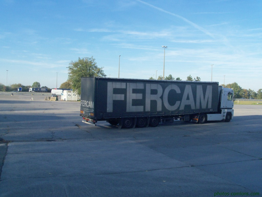 Fercam (Volpiano)  - Page 2 779149photoscamions15octobre201145Copier