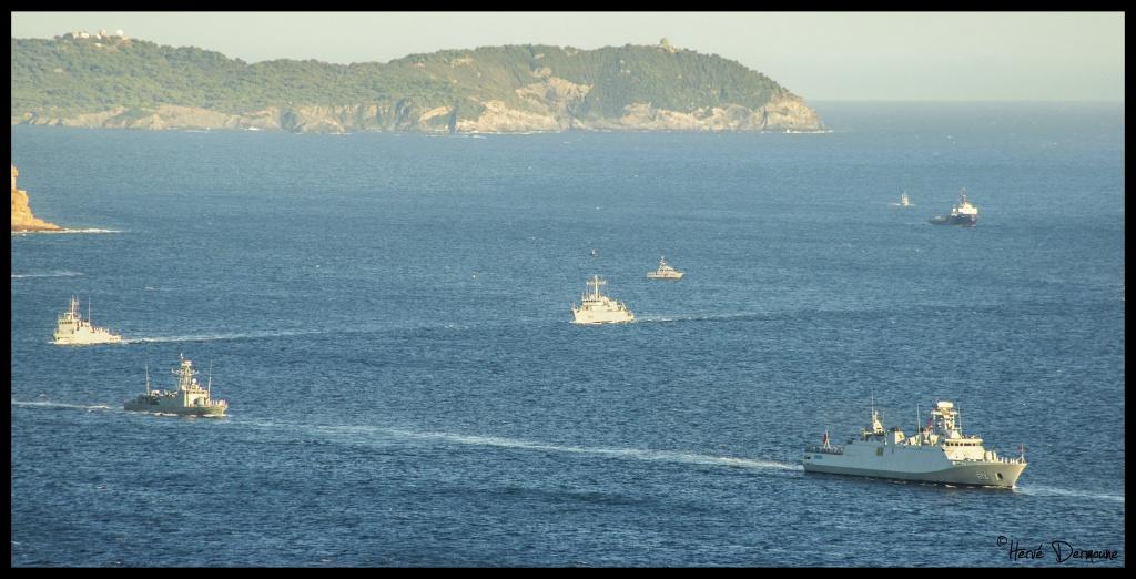 La Marine Royale à la revue navale de Toulon - 15 août 2014 - Page 2 784342DSC08833