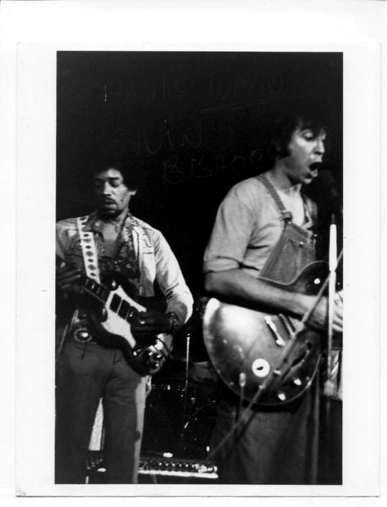 New York (Ungano's club) : ?? janvier 1970  785676197001NYUnganoClub02