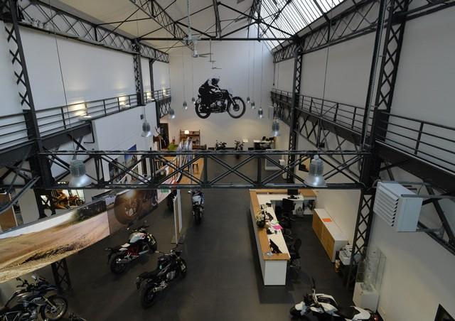 MOTO LOFT: Une nouvelle concession BMW Motorrad en Ile de France 785813P90208096highResmotoloftanewbmw